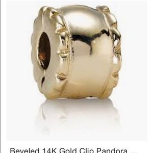 Pandora 14k gold beveled clip